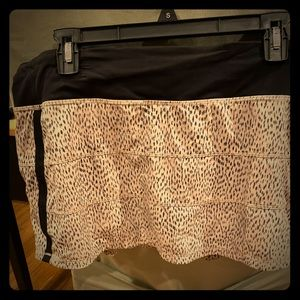 Lululemon Pace Rival skirt II size 10